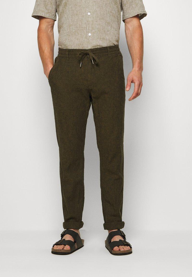 Lindbergh - PANTS - Trousers - army