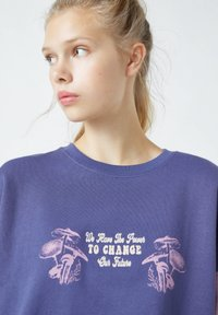 PULL&BEAR - Sweatshirt - mottled purple - 4