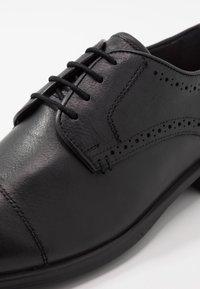 Jacamo - SOLEFORM TECH DERBY - Smart lace-ups - black - 5