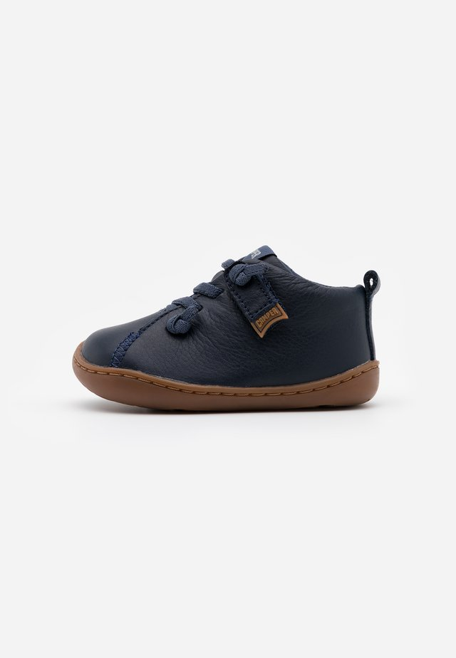 PEU CAMI - Baby shoes - navy