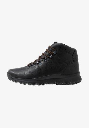 WORLD HIKER MID - Šněrovací kotníkové boty - black