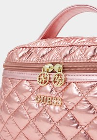 Guess - BELKIS BEAUTY - Trousse - rose gold - 4