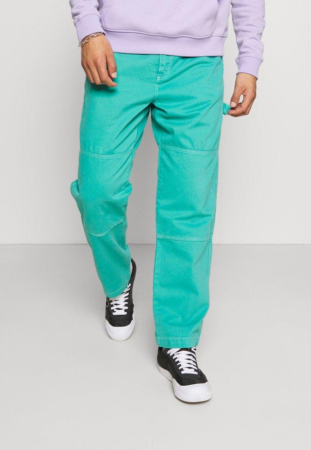 STRAIGHT LEG PANELLED TROUSER - Trousers - green