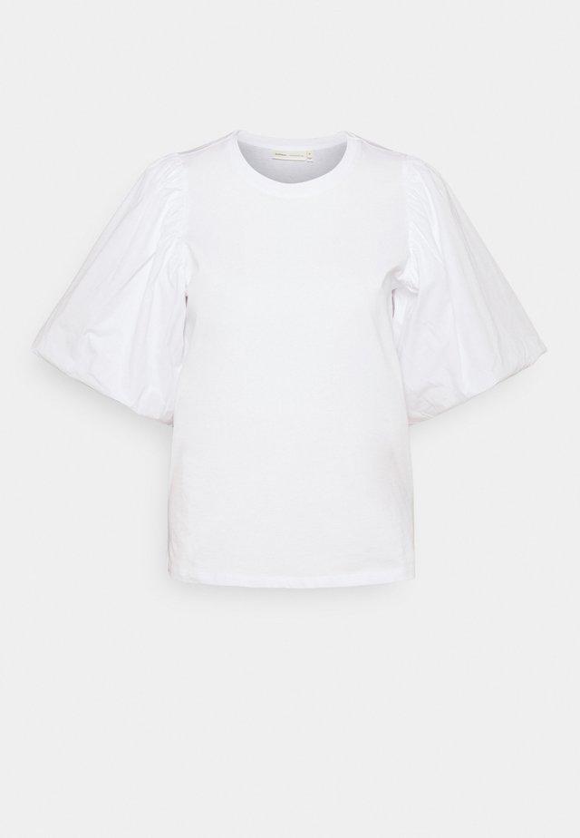 T-shirt print - pure white