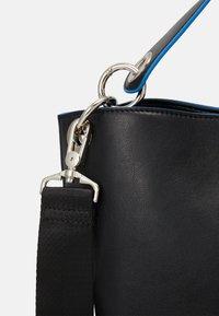 HVISK - NEAT TONAL - Handbag - black - 5