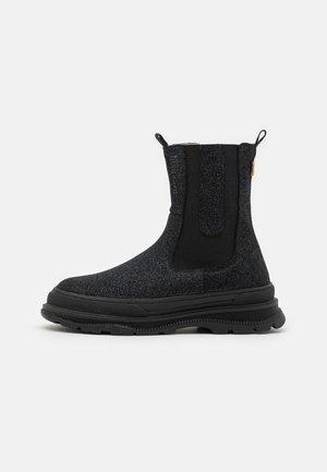 DESSY - Snowboots  - black glitter