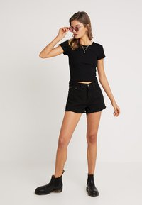 Nly by Nelly - LOVE  - Basic T-shirt - black - 1