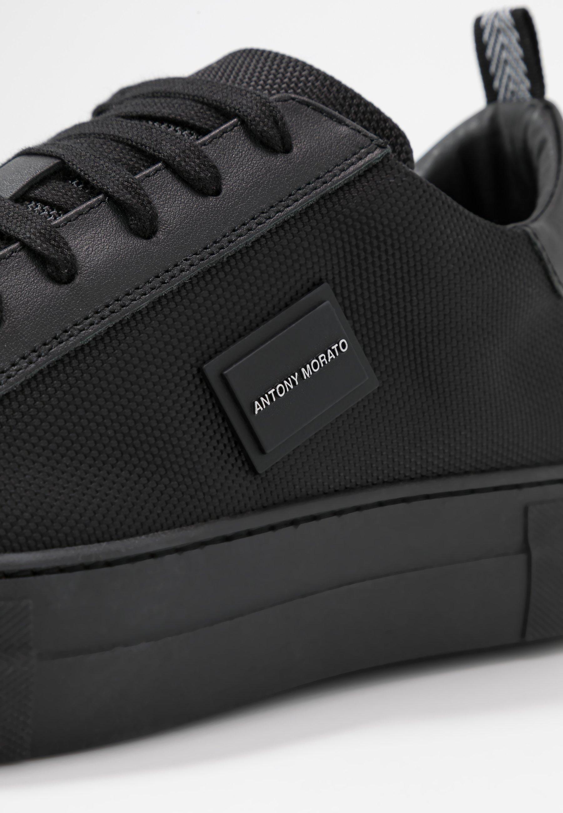 BOLD METAL Sneakers black