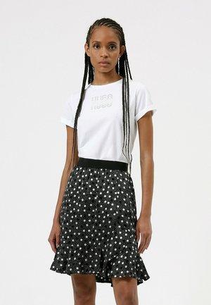 T-shirt imprimé - patterned
