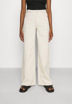 BETONY - Straight leg jeans - unbleached