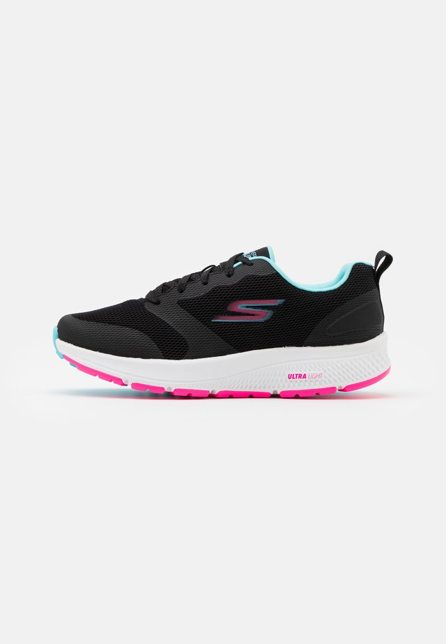 GO RUN CONSISTENT - Neutral running shoes - black/multicolor