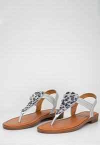 Fitters - FRIDA - Sandaler m/ tåsplit - grey - 3