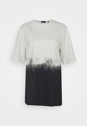CASEY TEE - T-Shirt print - basalt