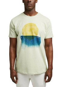 Esprit - ARTWORK - Print T-shirt - pastel green - 4