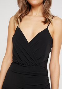 Missguided - SLINKY WRAP OVER MINI DRESS - Pouzdrové šaty - black - 6