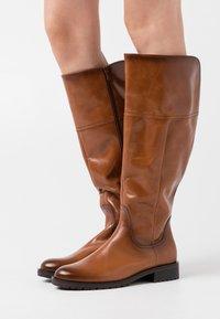 Gabor Comfort - XL - Vysoká obuv - whisky - 0