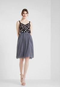 Needle & Thread - MIDI SKIRT - A-line skirt - vintage navy - 1
