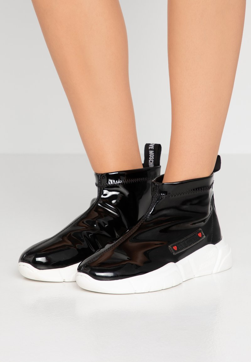 Love Moschino - High-top trainers - black