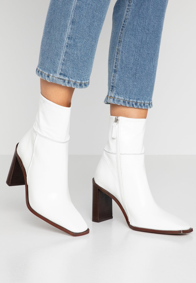 Topshop - HERO BOOT - High heeled ankle boots - white