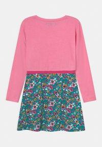 Lemon Beret - SMALL GIRLS DRESS - Jersey dress - sachet pink - 1