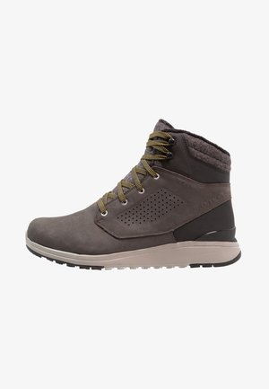 UTILITY WINTER WP - Hiking shoes - beluga/black/green sulphur