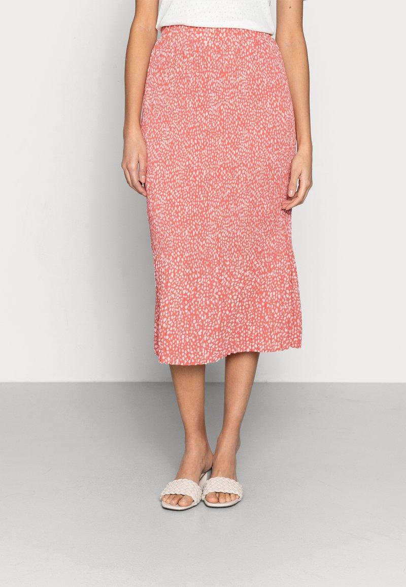 Moss Copenhagen - CLOVER SKIRT - Pleated skirt - faded rose