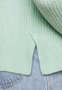 FTC Cashmere - HIGHNECK - Stickad tröja - soft pistachio - 5