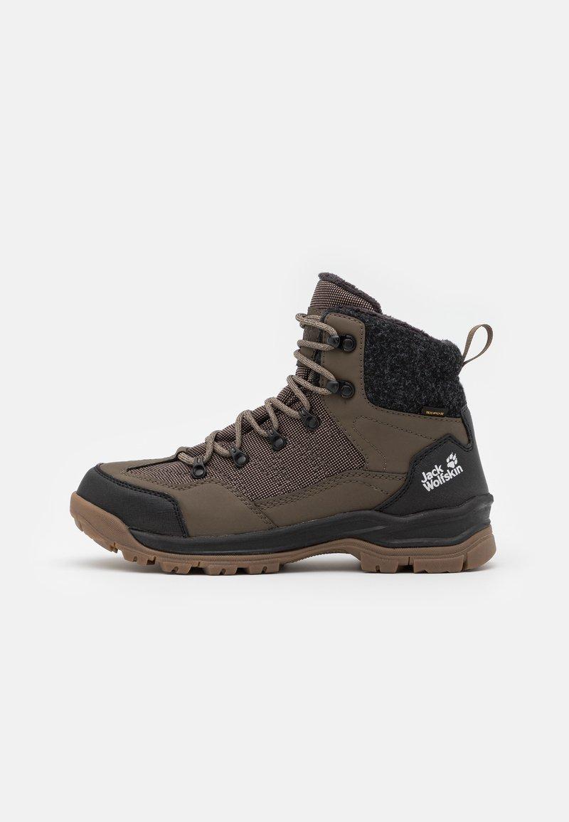 Jack Wolfskin - ASPEN TEXAPORE MID  - Winter boots - coconut brown/black
