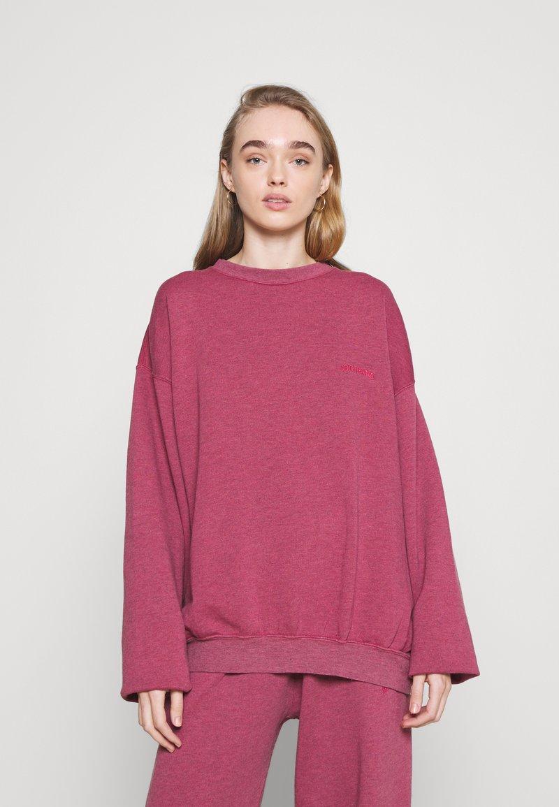 BDG Urban Outfitters - CREWNEWCK  - Sweatshirt - raspberry