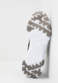 Nike Sportswear - REACT VISION  - Sneakers - black/white - 4