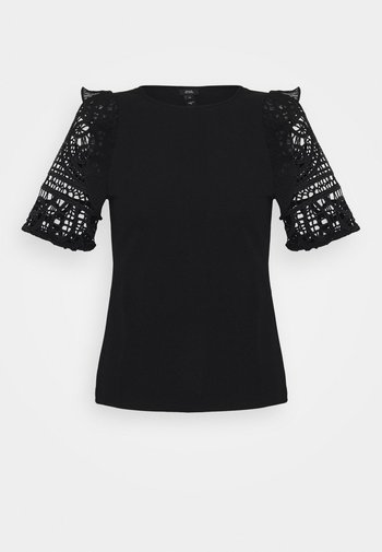 CROCHET FRILL SLEEVE TOP - Camiseta básica - black