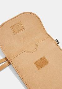 Esprit - Phone case - camel - 6