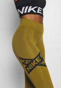 Nike Performance - 7/8 TROMPE  - Tights - olive flak/black - 6