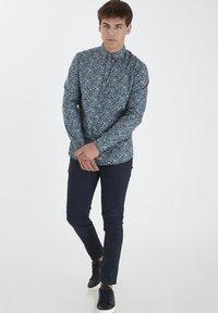 Tailored Originals - TORAERS - Camisa - insignia b - 1