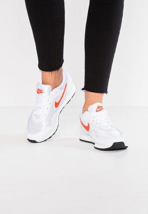 OUTBURST - Trainers - white/team orange/black