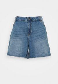 Noisy May Curve - NMKATY MOM SHORTS  - Shorts di jeans - medium blue denim - 0