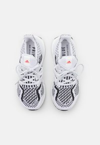 adidas Performance - ULTRABOOST 5.0 DNA BOOST PRIMEKNIT UNISEX - Sneakers laag - white - 3