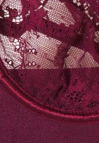Nly by Nelly - AMAZING WIRE BRA - Underwired bra - burgundy - 2