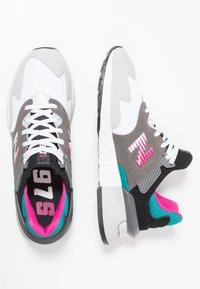 New Balance - MS997 - Zapatillas - grey/green - 2