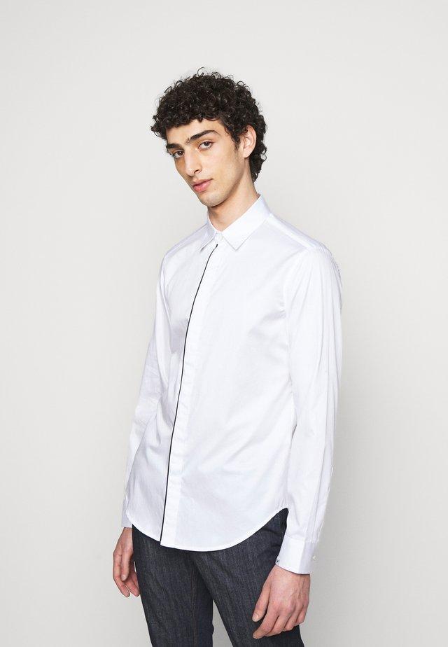 SHIRT - Skjorter - white