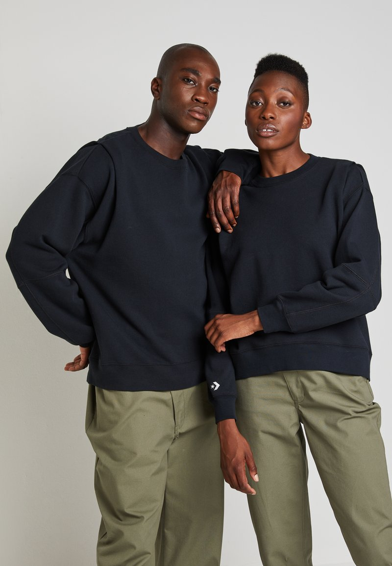 Converse - SHAPES BUBBLE CREW UNISEX - Sweatshirt - black