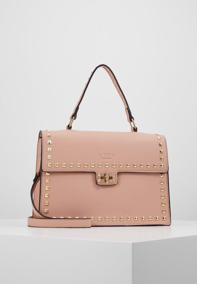 Käsilaukku - blush
