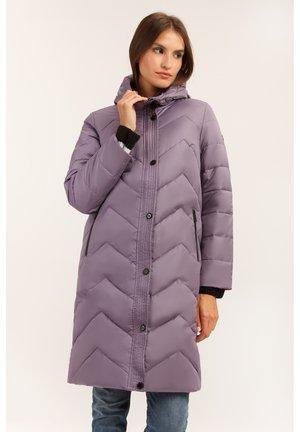 MIT SCHÖNER STEPPOPTIK - Down coat - purple