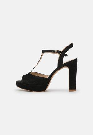 FLANY - Sandály na platformě - noir