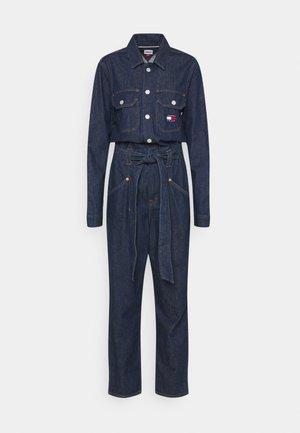 MOM UDBR - Jumpsuit - dark-blue denim