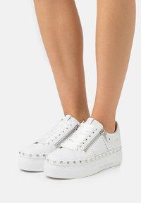 Kennel + Schmenger - NANO - Sneakers laag - bianco - 0