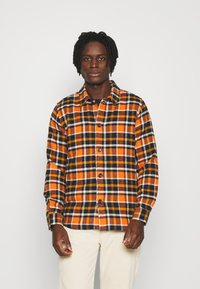 KnowledgeCotton Apparel - CHECKED OVERSHIRT - Skjorta - total eclipse - 1