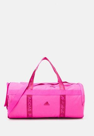4ATHLTS DUFFEL BAG MEDIUM - Sac de sport - screaming pink/screaming pink/wild pink