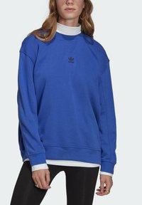 adidas Originals - Sweatshirt - bold blue - 3
