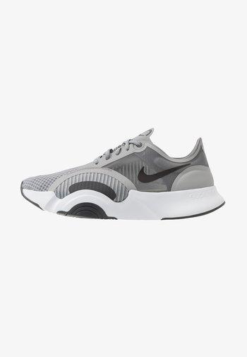 SUPERREP GO - Sports shoes - particle grey/dark smoke grey/light base grey